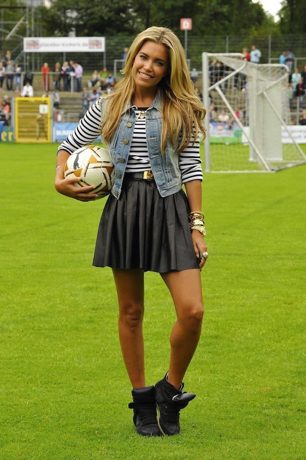 celebstyle sylvie als soccermom fashionscenenl
